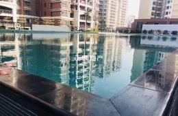 小区泳池.jpg
