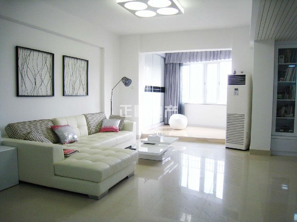 吉大海湾花园 大型小区周边配套齐全生活便利3房2厅2卫 看海景