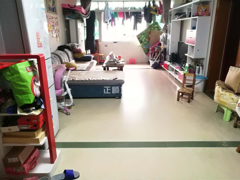 9中17小学区 广福花园89平三房两厅小区中间