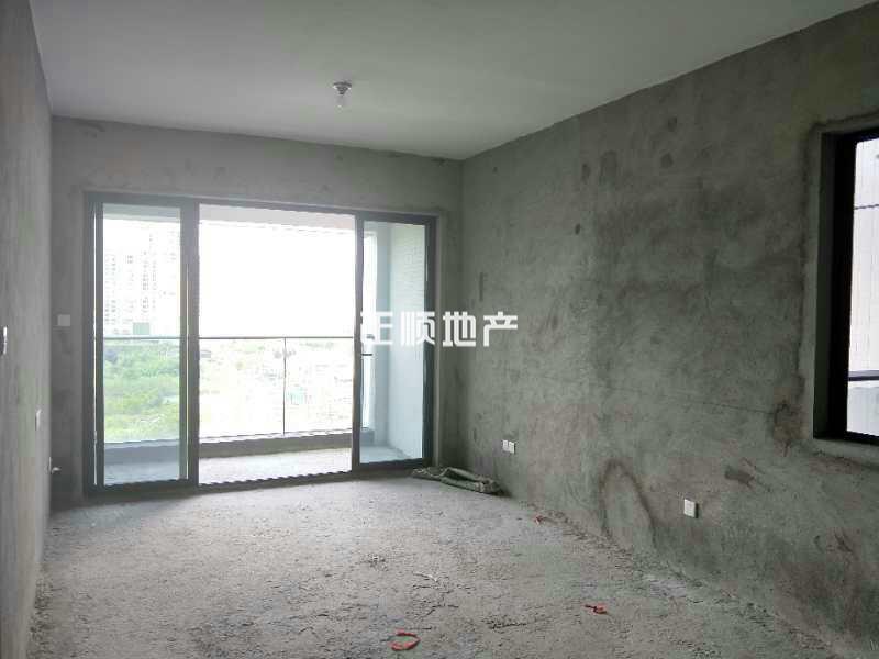珠海市斗门湖心路 毛坯2房 业主诚售 看房方便 仅需138万