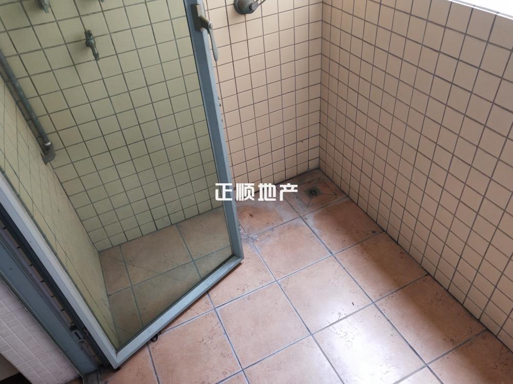 小阳台-1325056.jpg