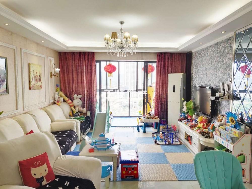新香洲 棕榈四季 精装修大四房 业主自住 保养非常好