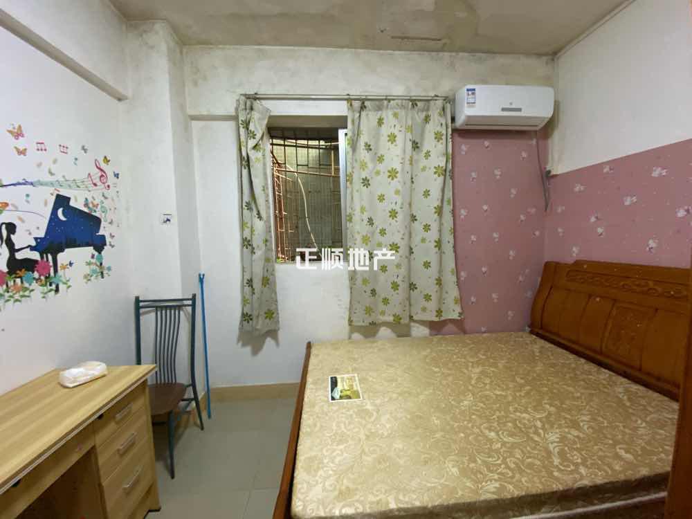 翠华路 出租3房2厅中间楼层 南北通现急售152万