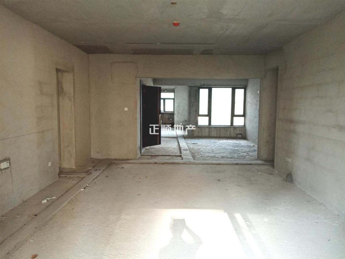 尚东领御 新香洲 近体育中心 看房有钥匙 业主诚心出售 小区最低价格一套