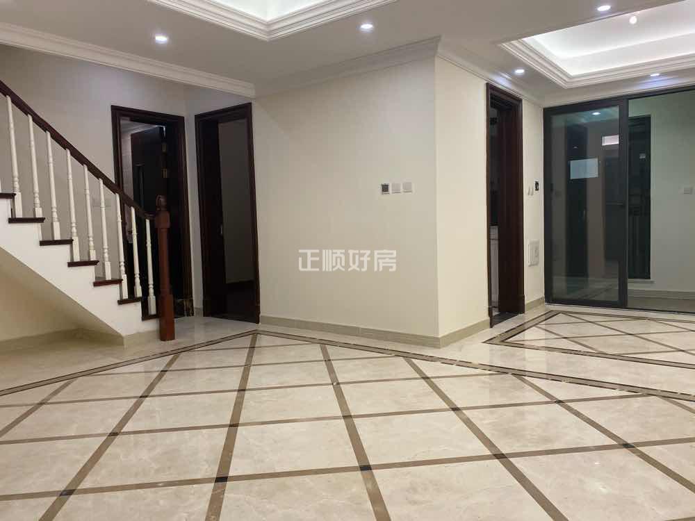 横琴K2荔枝湾 楼王精装复式大4房  南北通 小区园林景观