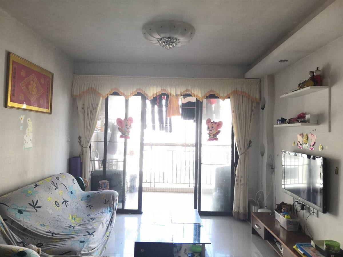 金碧丽江西海岸精装3房2厅 中间楼层 采光好 保养好 视野开阔