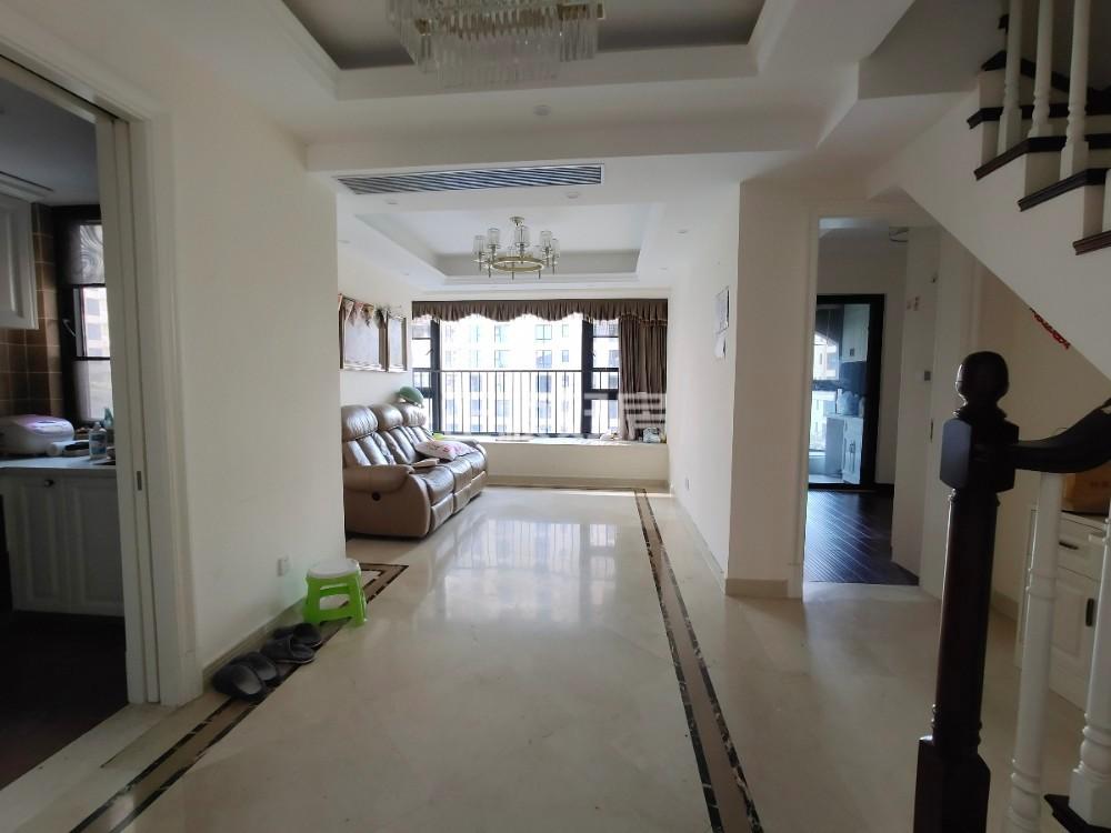 K2荔枝湾3房1卫出售,双学区房,纯住宅大小区环境